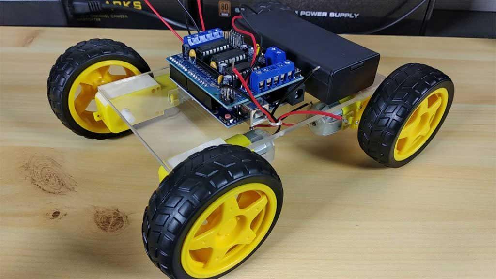 Arduino akadály elkerülő robot autó kerekek felszerelése